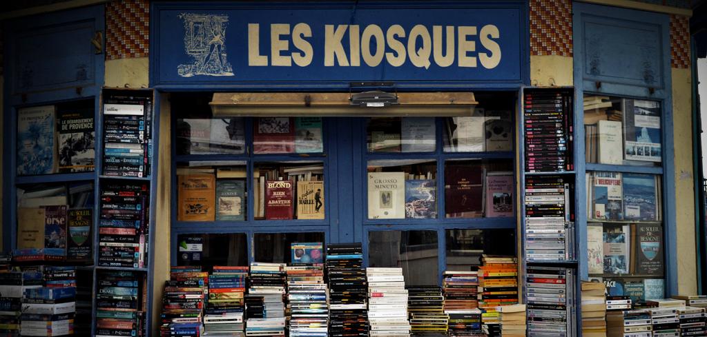 les kiosques livres et raretes a Toulon